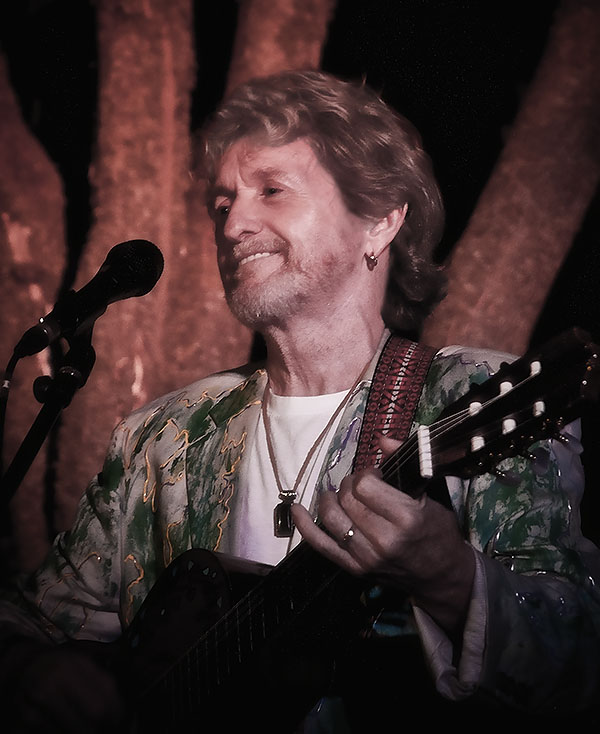 Jon Anderson to guest star in RAIDING THE ROCK VAULT Icon Series